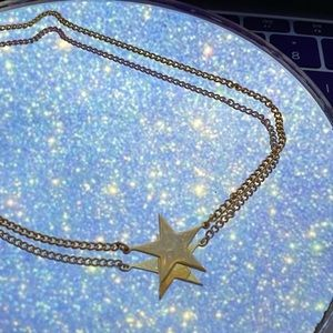Jewelry - Avon Gold Star Necklace